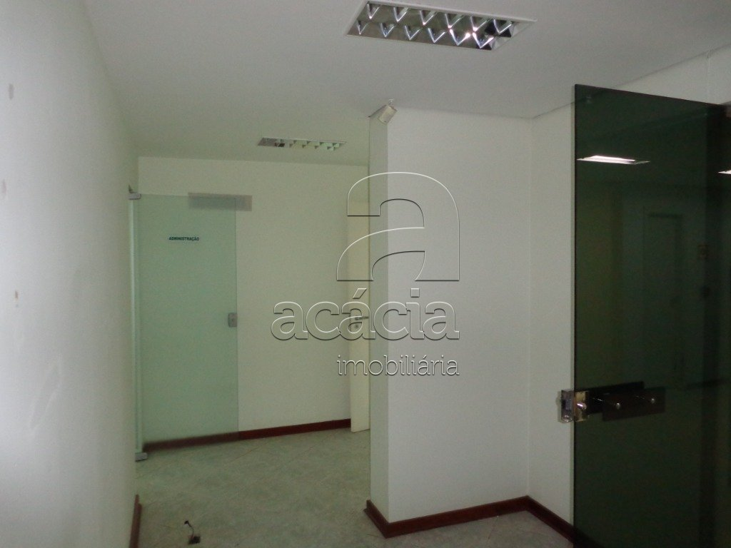 Salas/Conjuntos, CENTRO