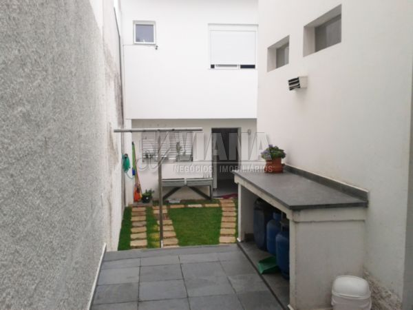 Casa de 3 dormitórios à venda em Jardim Saúde, São Paulo - SP