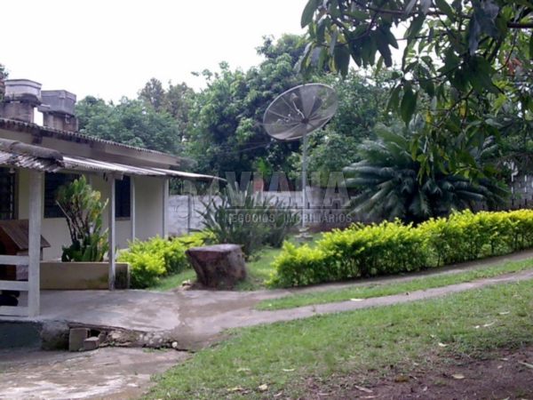 Chácara de 2 dormitórios em João Jabour, Salto - SP