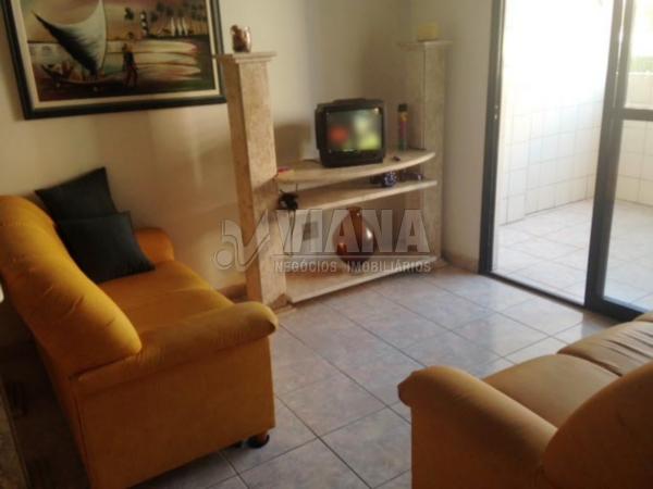 Apartamentos de 3 dormitórios à venda em Vila Tupi, Praia Grande - SP