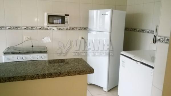 Apartamentos de 4 dormitórios em Vila Tupi, Praia Grande - SP