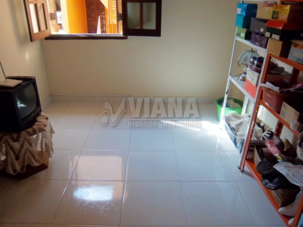 Sobrado de 4 dormitórios em Vila Scarpelli, Santo André - SP