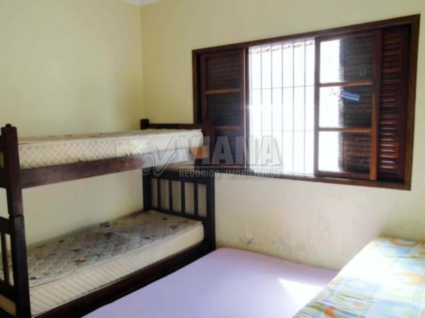 Casa de 3 dormitórios em Centro, Peruíbe - SP