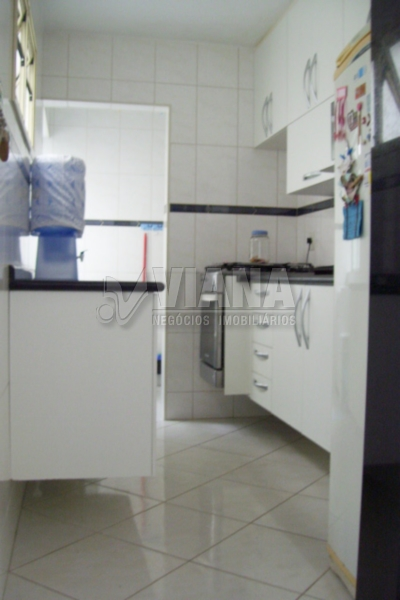 Apartamentos de 2 dormitórios à venda em Jardim Santo André, Santo André - SP