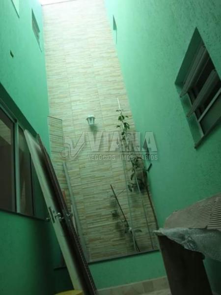 Sobrado de 3 dormitórios em Vila Livieiro, São Paulo - SP