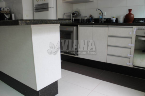 Sobrado de 3 dormitórios em Vila Arapuã, São Paulo - SP