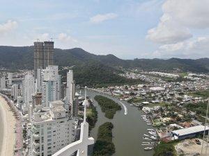 Venda Cobertura no Barra Sul, Balneário Camboriú com 4 dorms, 611.84 m2 - Cod:173