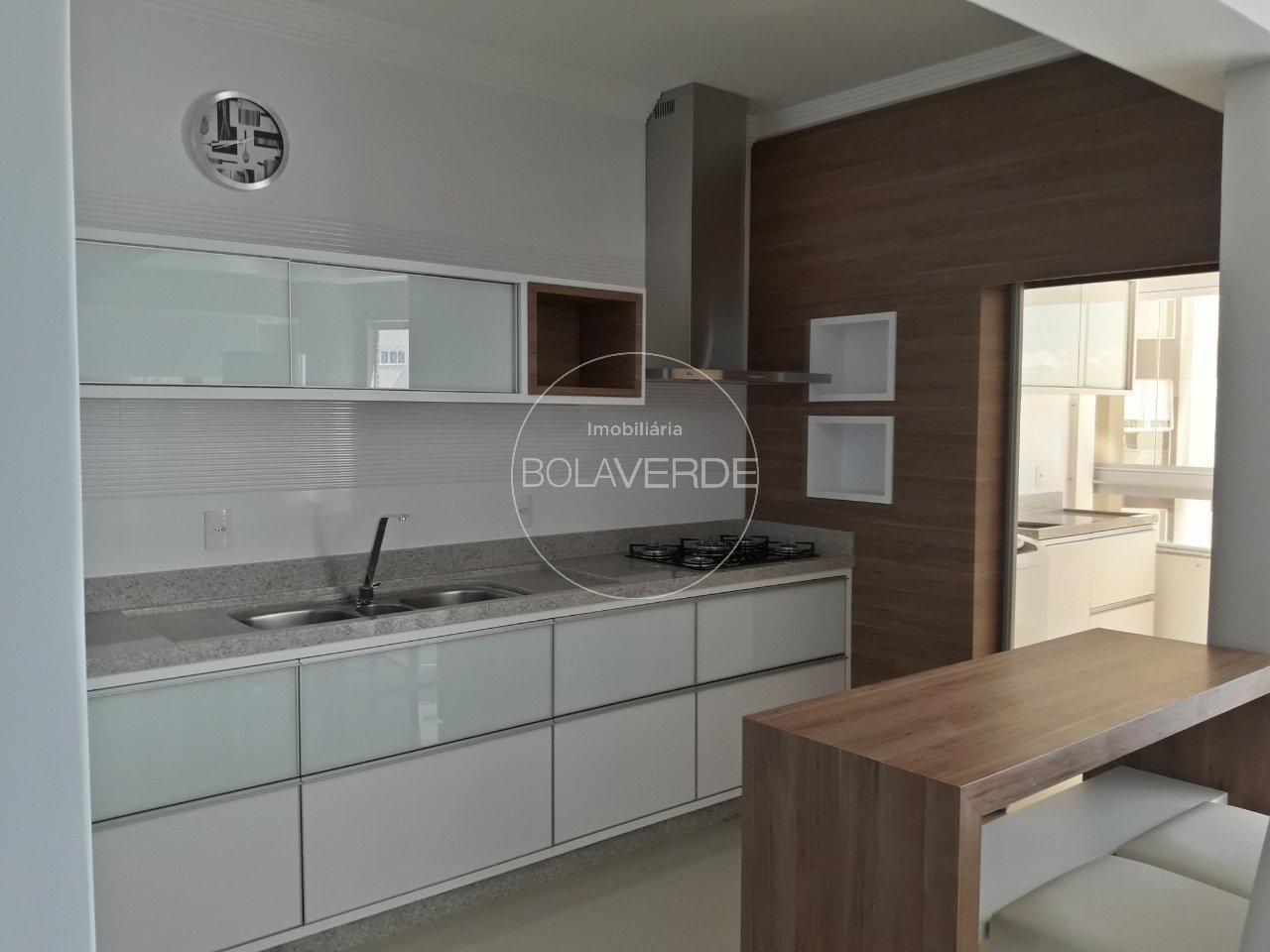 Apartamento à venda de 3 dormitórios no Barra Sul em Balneário Camboriú