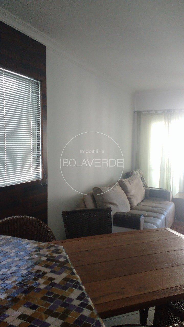 Apartamento à venda de 3 dormitórios no Centro Apartamento em Balneário Camboriú