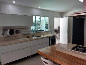Venda Casa em Condomínio no Centro Condomínio Vila Rica Casa, Balneário Camboriú com 5 dorms,  m2 - Cod:386