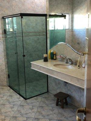 Venda Casa no Centro, Balneário Camboriú com 5 dorms, 600 m2 - Cod:500