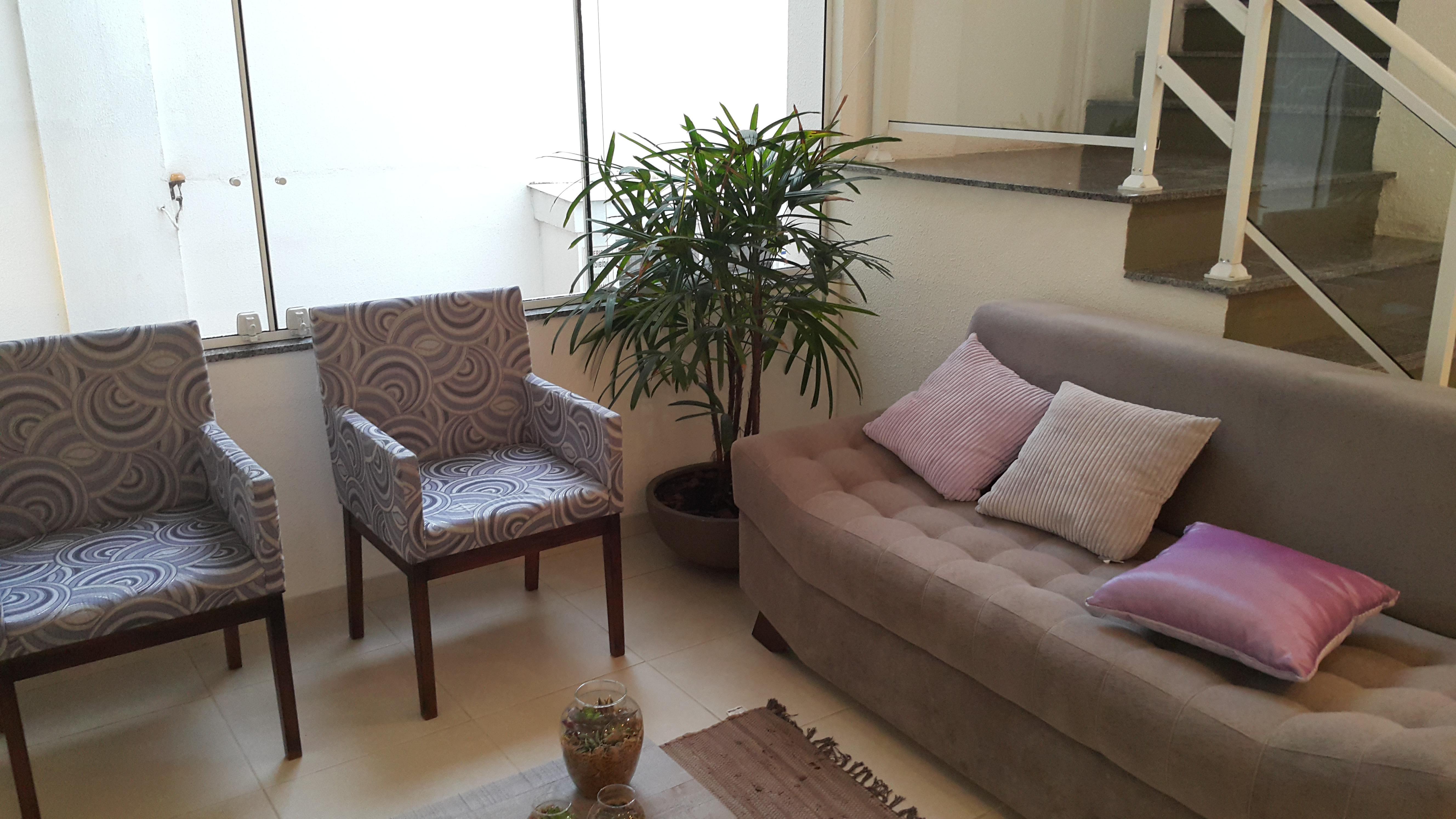 Apartamento com 2 Dormitórios 2 Suítes e 1 Vaga de Garagem à venda  #7A4F63 5312x2988 Balança Digital Banheiro Porto Alegre