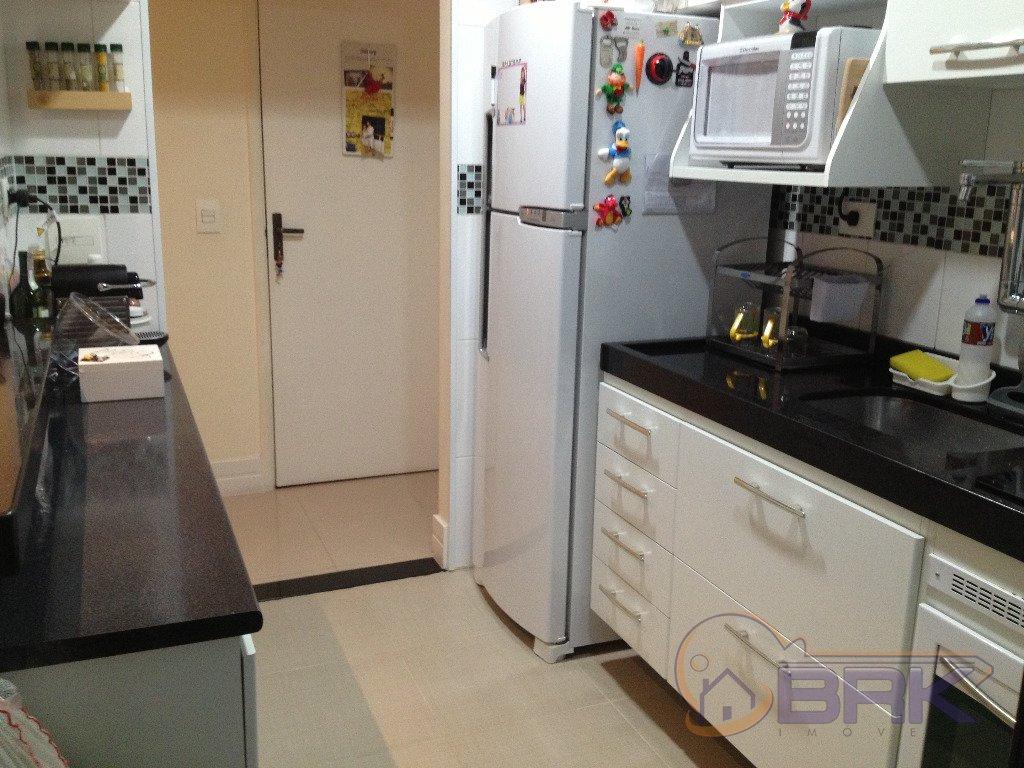 Apartamentos de 2 dormitórios à venda em Vila Bertioga, Sao Paulo - SP