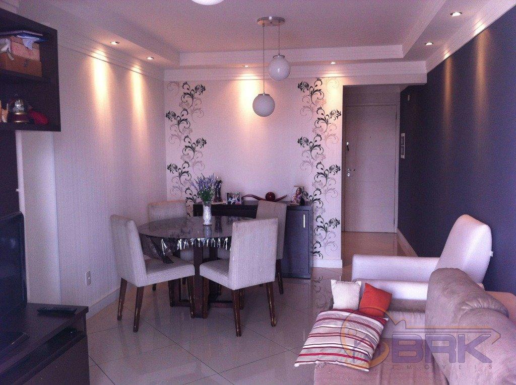 Apartamentos de 3 dormitórios à venda em Chacara Seis De Outubro, Sao Paulo - SP