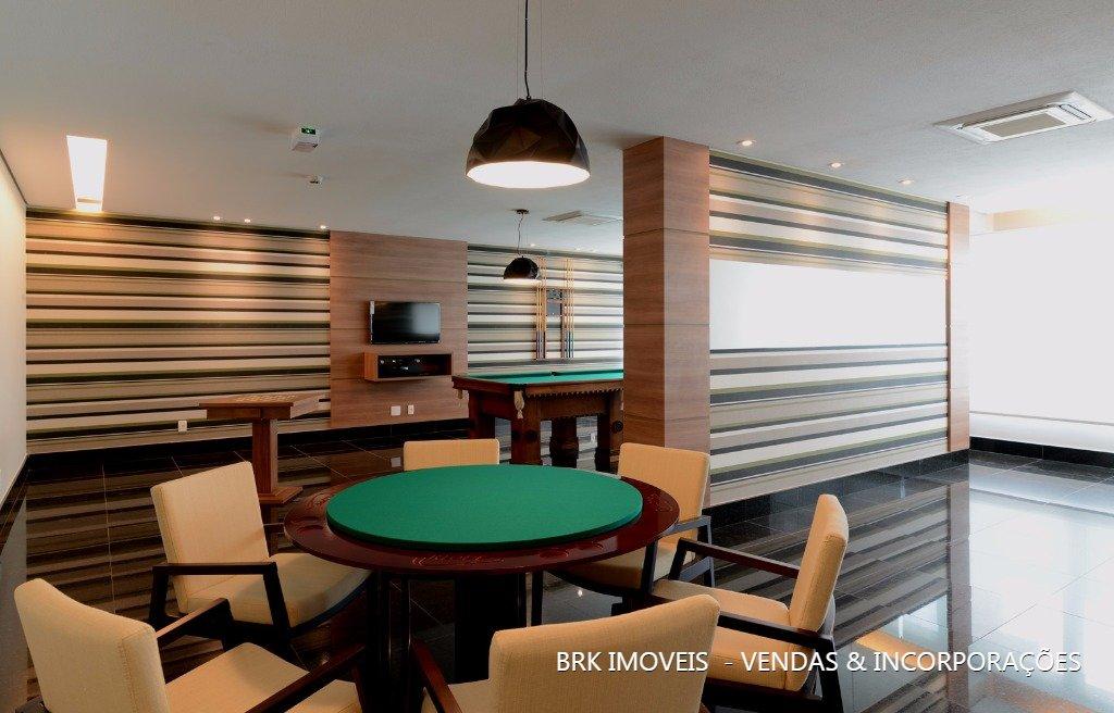 Apartamentos de 4 dormitórios à venda em Vila Regente Feijó, São Paulo - SP