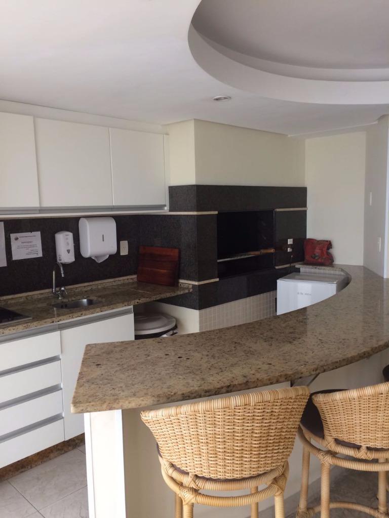 Apartamento com 2 Quartos, Centro, Balneário Camboriú - R$ 950.000