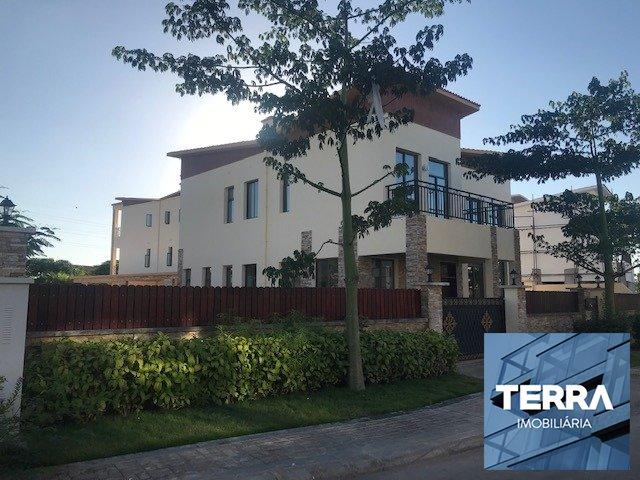 terra imobiliária - Casa em Condomínio em Luanda, Patriota,