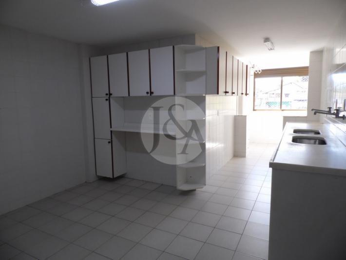 Apartamento para Alugar  à venda em Coronel Veiga, Petrópolis - RJ - Foto 4