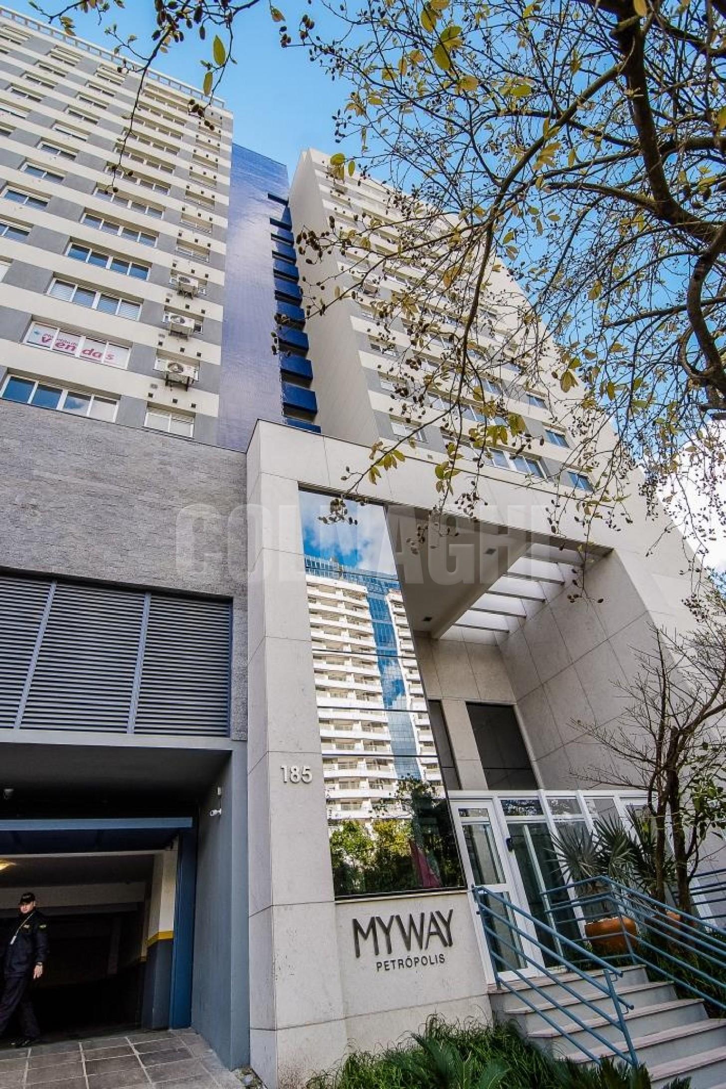 My Way Petropolis de 3 dormitórios em Jardim Botanico, Porto Alegre - RS