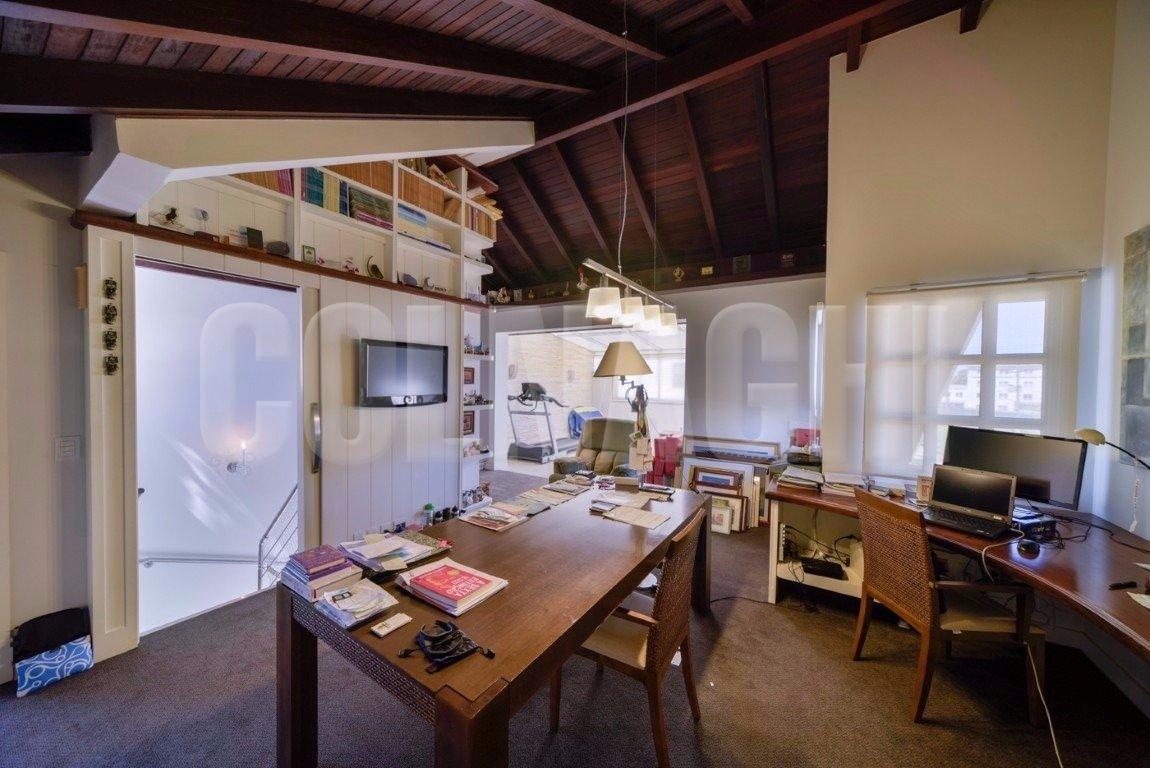 Colnaghi im veis casa em condominio 3 dormit rios 284 for Dormitorio 8m2