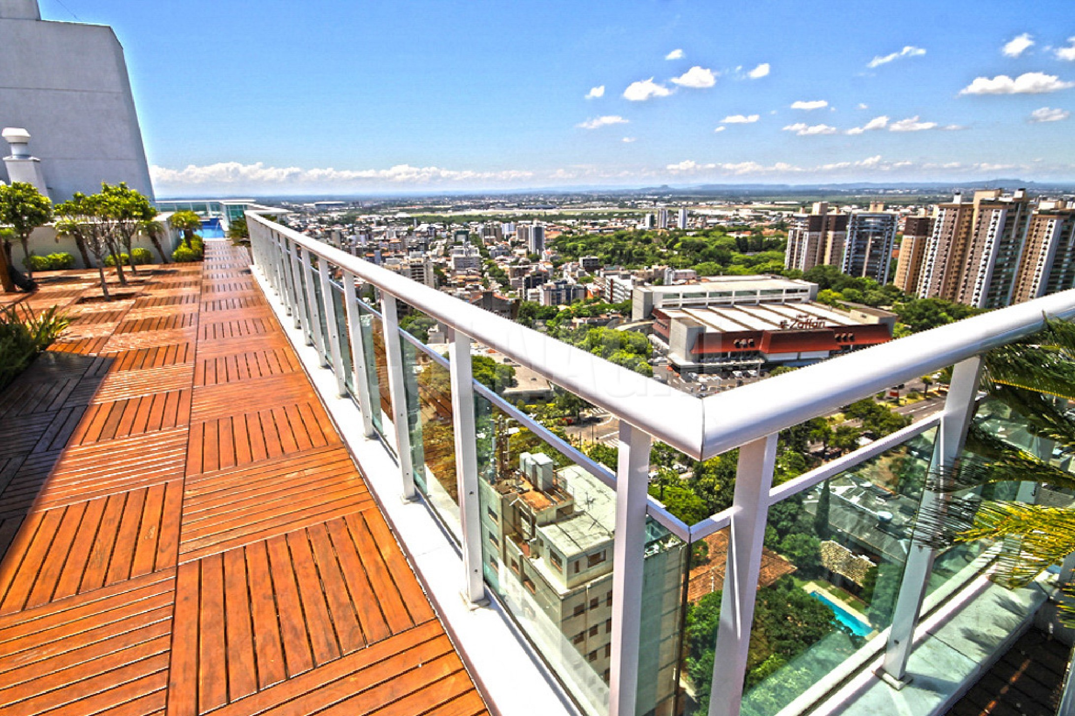 Apartamentos de 2 dormitórios à venda em Boa Vista, Porto Alegre - RS