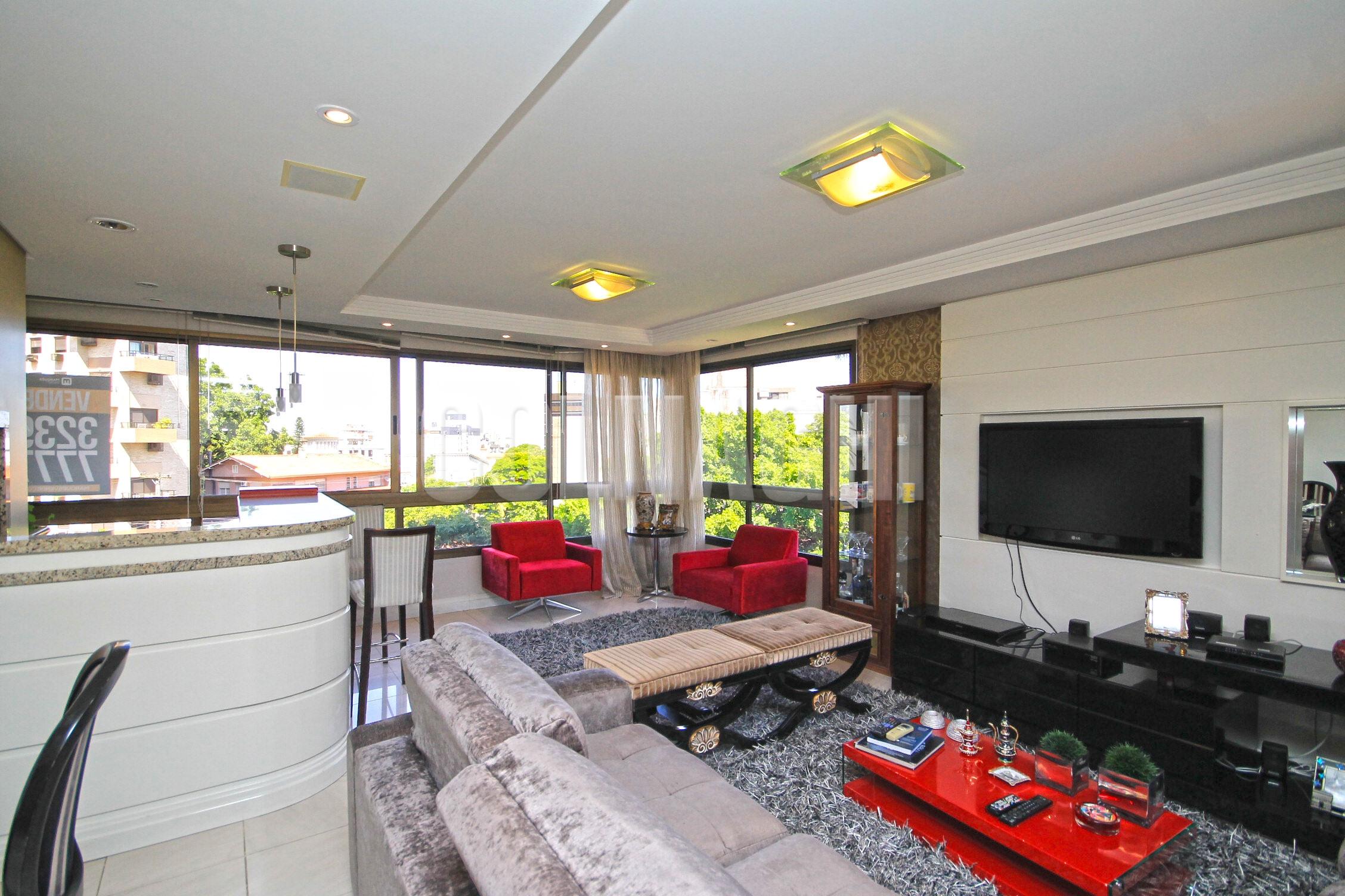 Apartamentos de 3 dormitórios à venda em Higienopolis, Porto Alegre - RS
