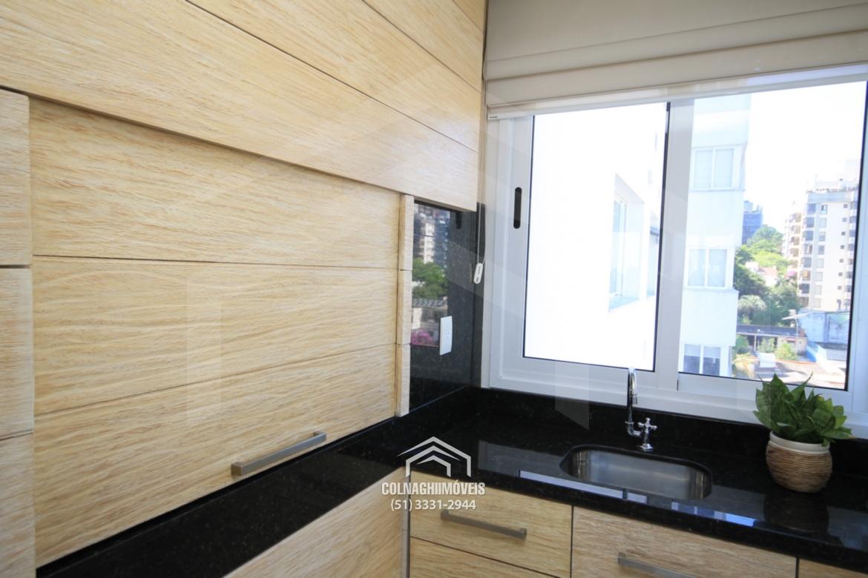 Apartamentos de 3 dormitórios à venda em Montserrat, Porto Alegre - RS