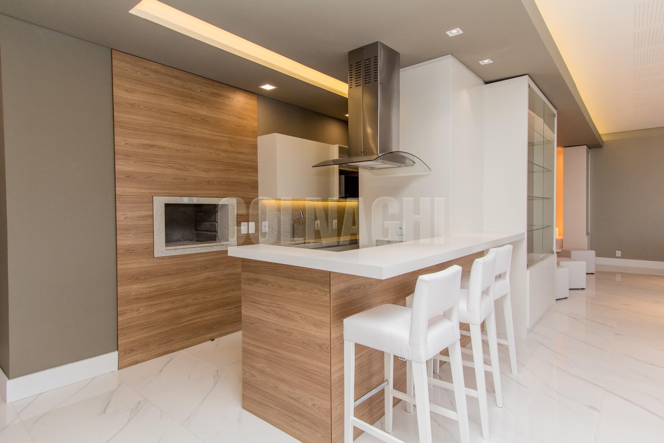Apartamentos de 2 dormitórios à venda em Jardim Botanico, Porto Alegre - RS