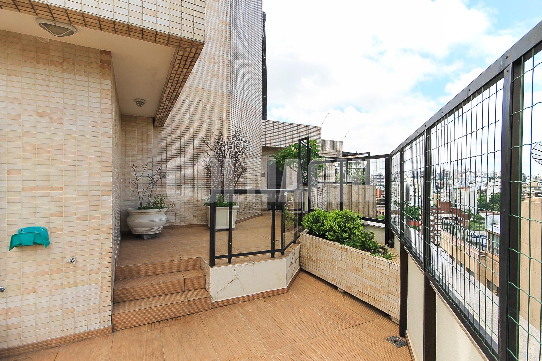 Coberturas de 4 dormitórios à venda em Moinhos De Vento, Porto Alegre - RS