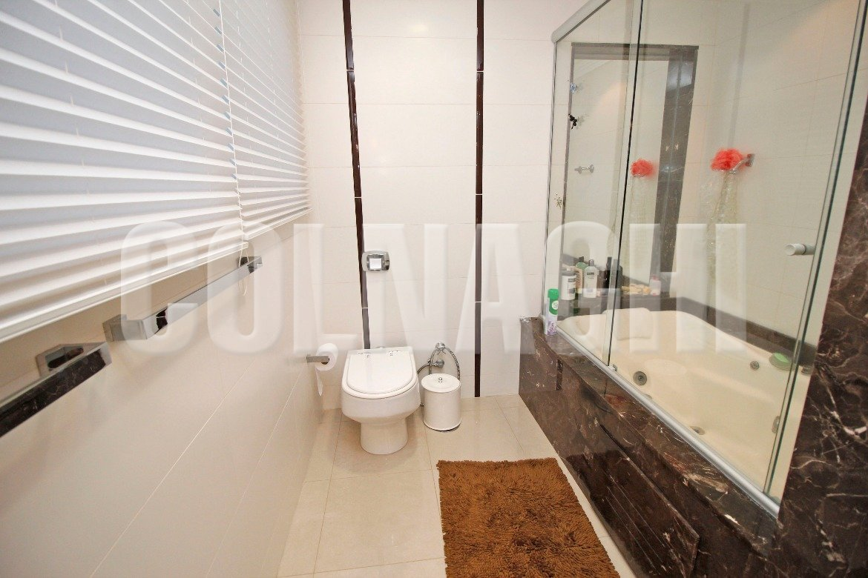 Apartamentos de 4 dormitórios à venda em Montserrat, Porto Alegre - RS