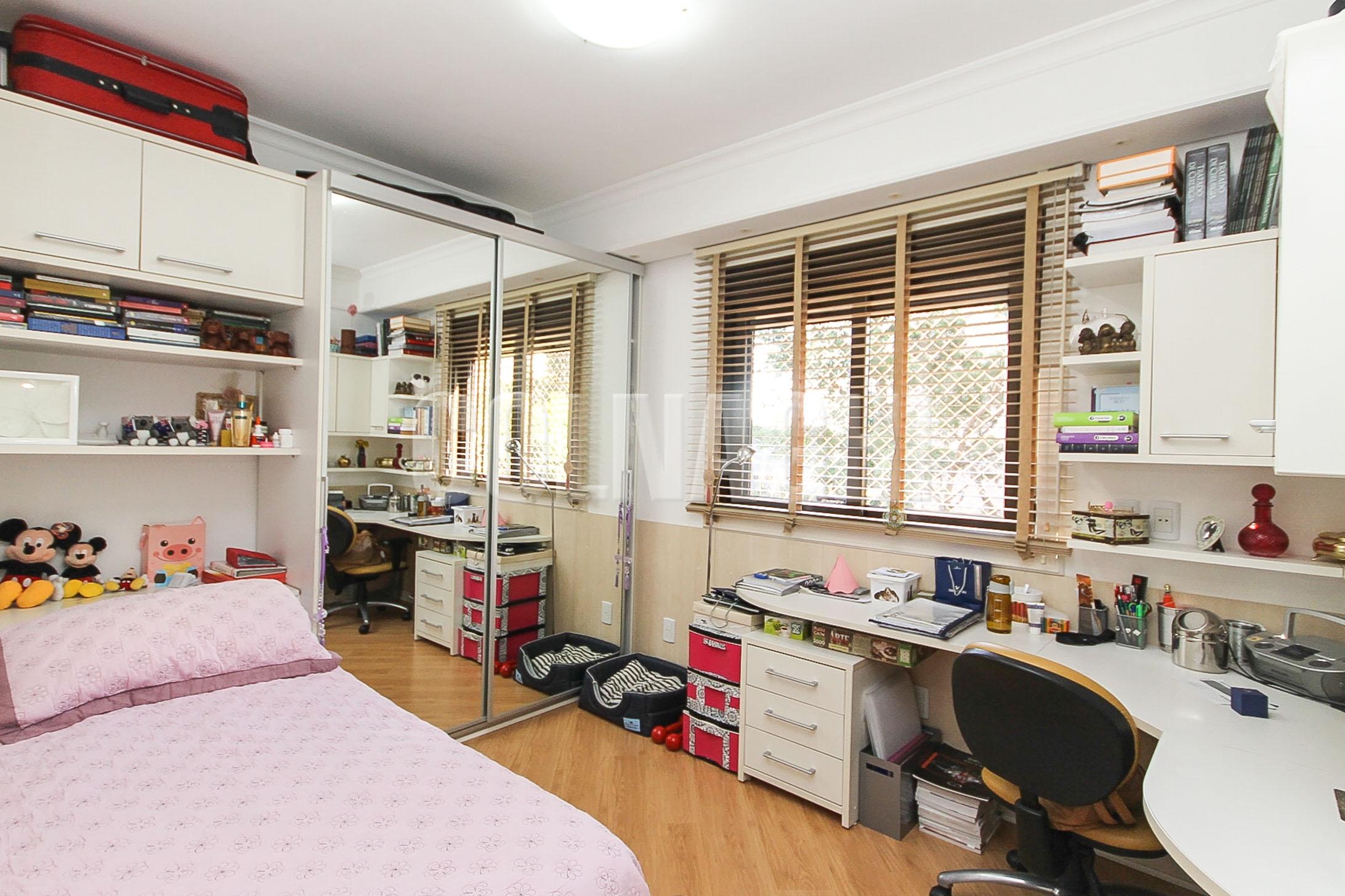 Apartamentos de 3 dormitórios à venda em Rio Branco, Porto Alegre - RS