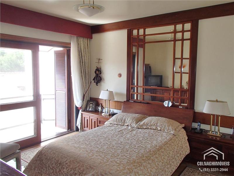 Casa de 4 dormitórios à venda em Petropolis, Porto Alegre - RS