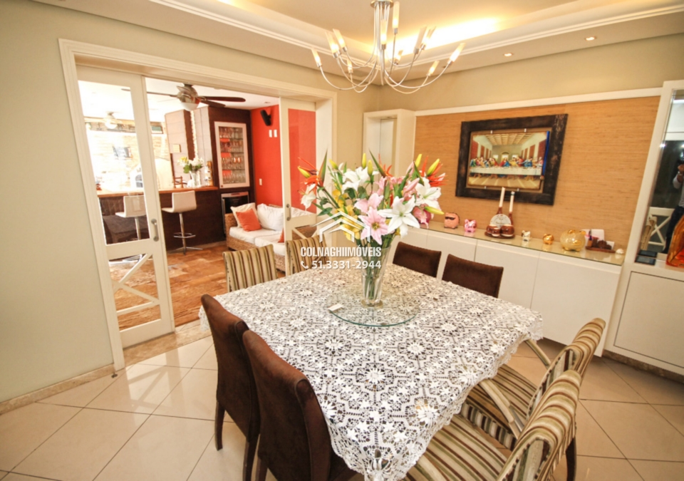 Casa de 5 dormitórios à venda em Tres Figueiras, Porto Alegre - RS