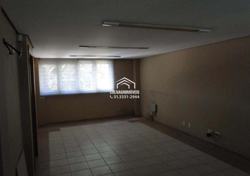 Casa de 3 dormitórios à venda em Jardim Botanico, Porto Alegre - RS