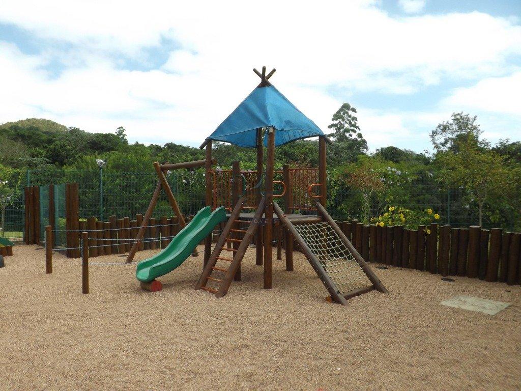 33_Playground