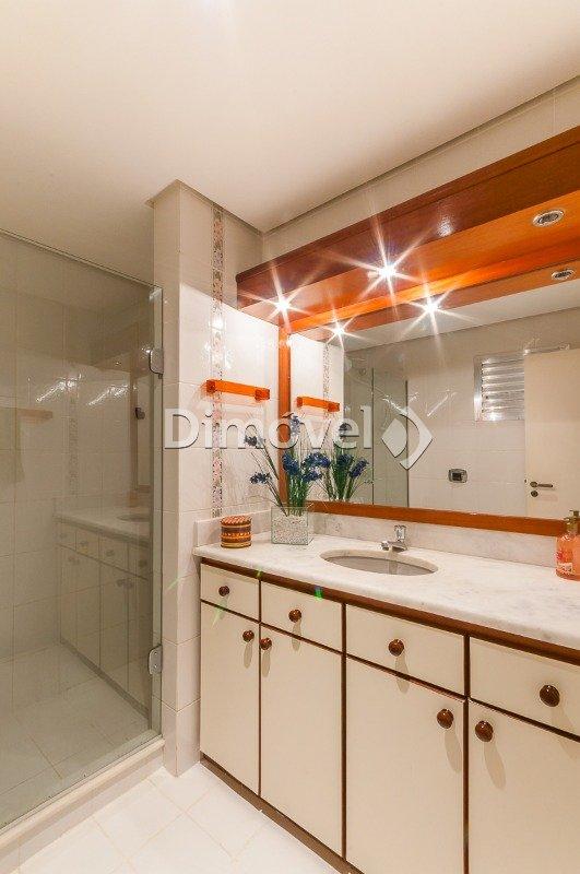 016 - Banheiro