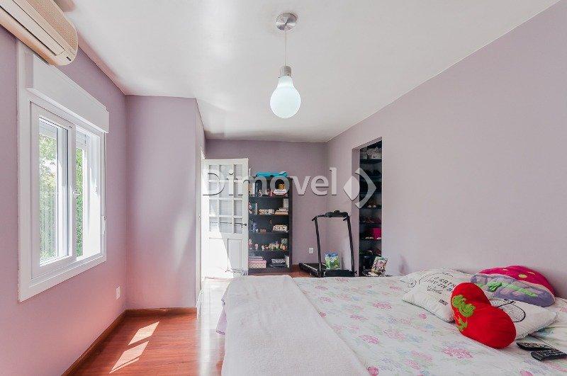 018 - Dormitório Suíte