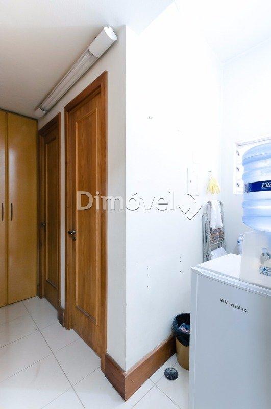 010 - copa e banheiros