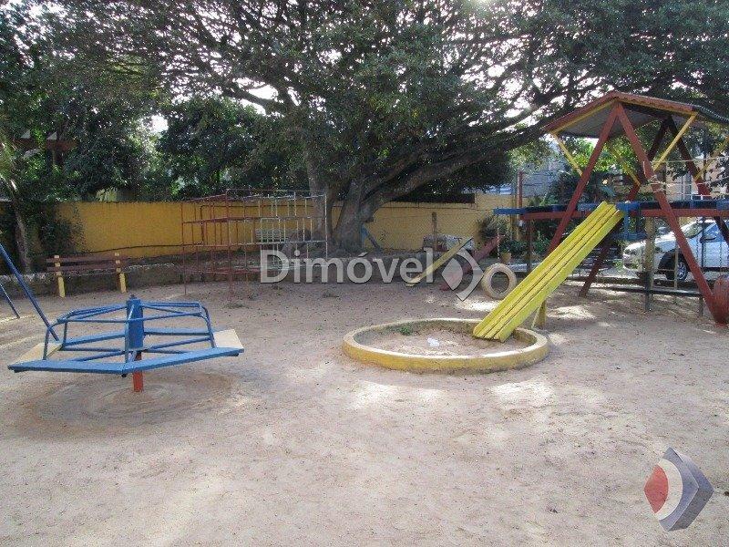 017 - Playground