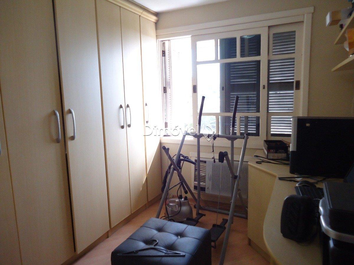 011 - Dormitório 1