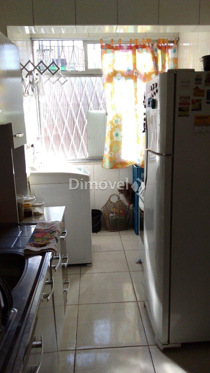 006 - Cozinha/Área de Serviço