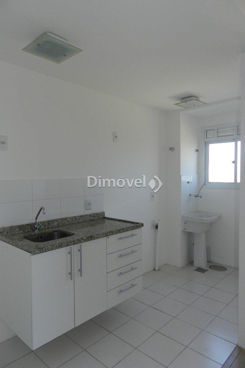 004 - Cozinha e área de serviço