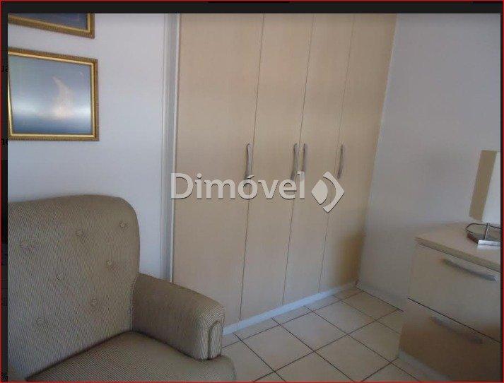 009- Dormitório