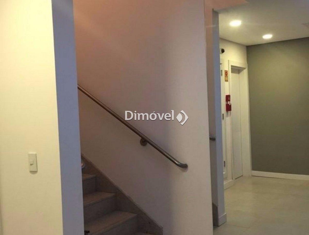 008- Escadas