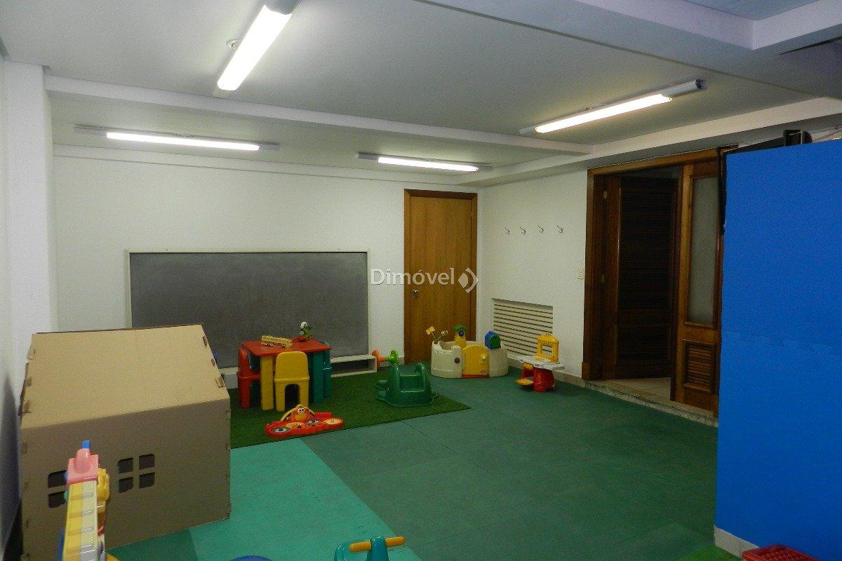 022 - Playground