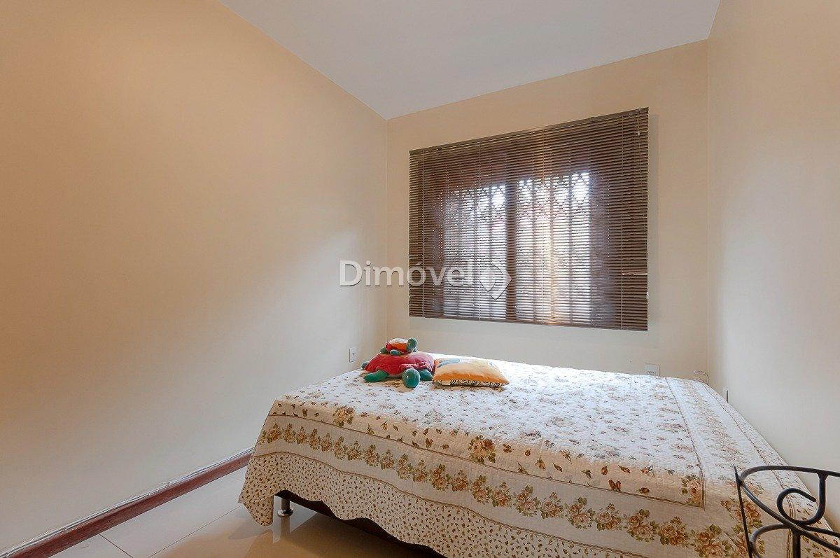 012 - Dormitório