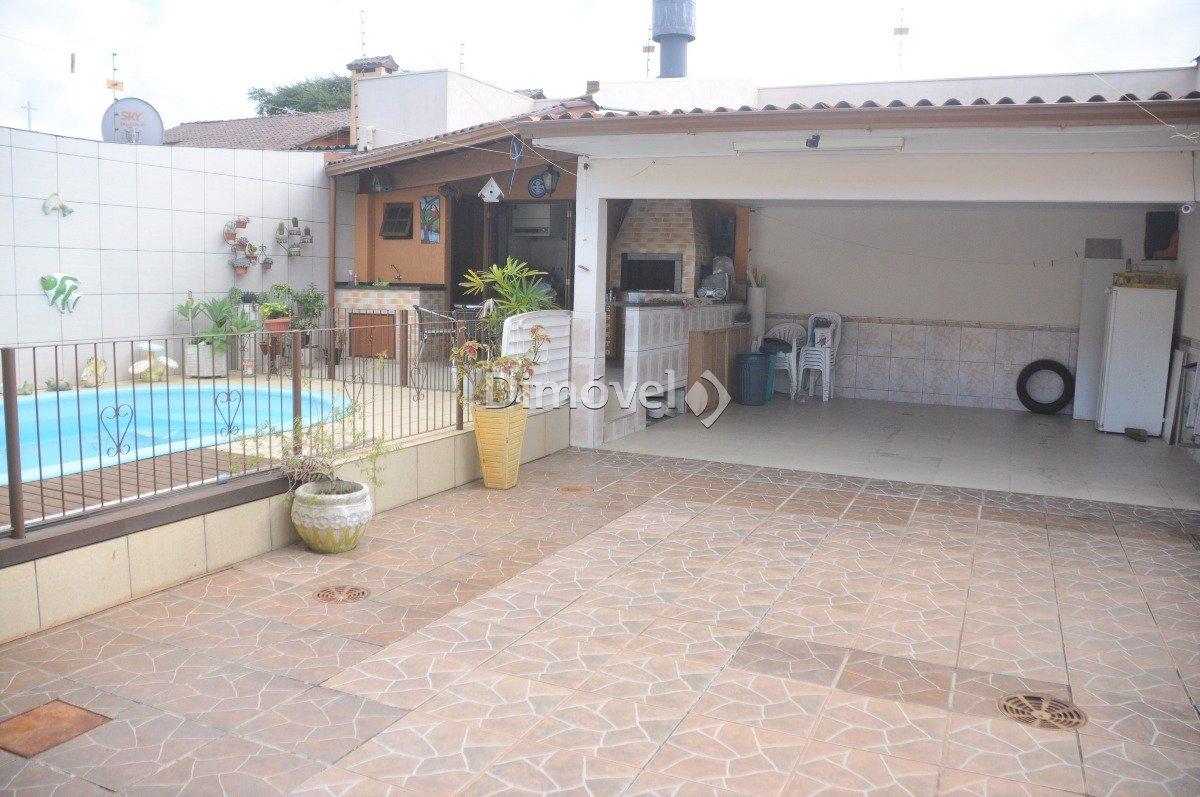 013 - Pátio com piscina