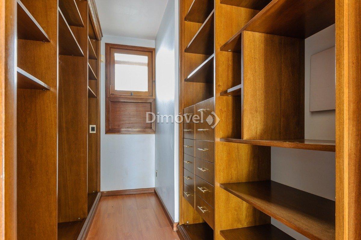 013 - Closet - Dormitorio Suite