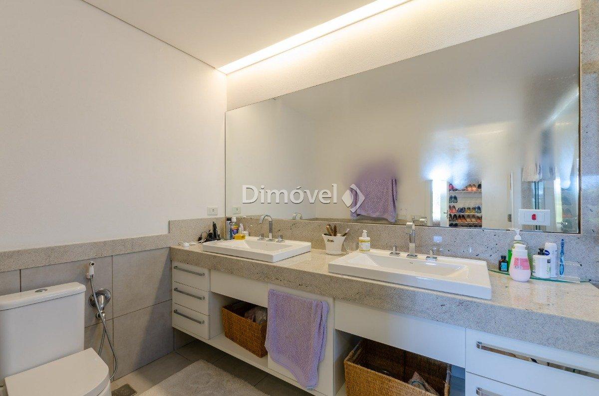 010 - Banheiro - Dormitório Suite