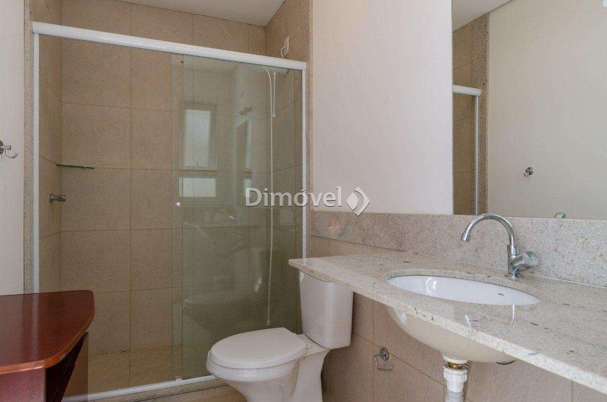 024 - Banheiro de Serviço